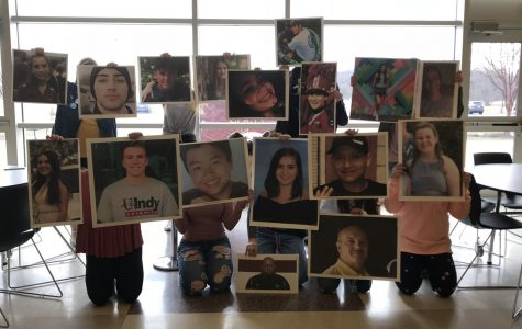 Students gather to remember Parkland
